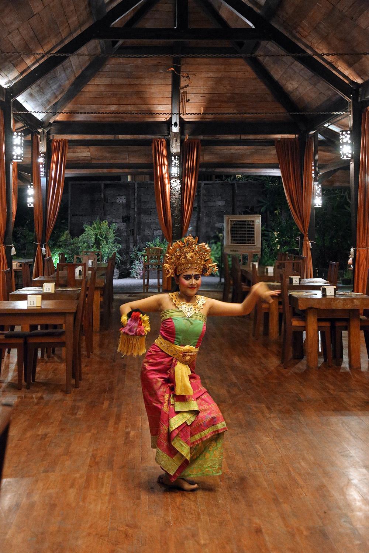 hoteldancer