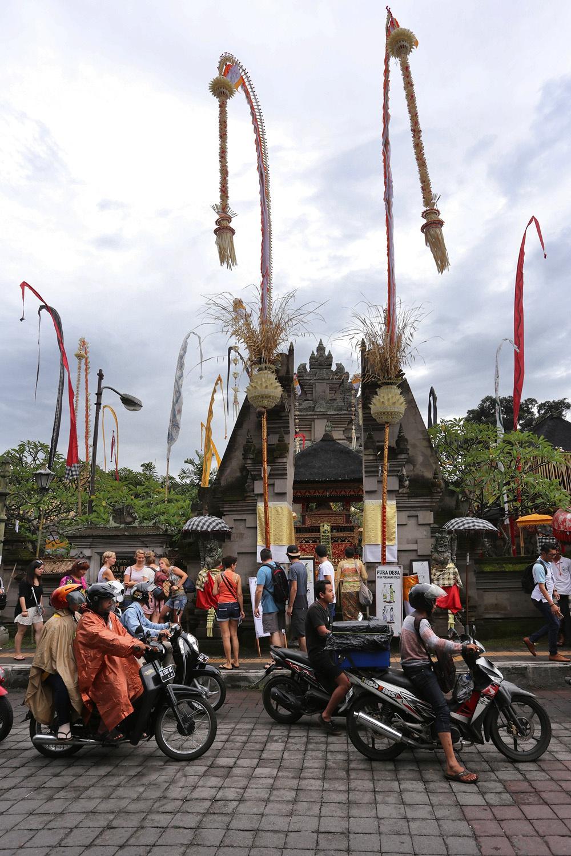 ubudtempleB Saraswati Temple,  Ubud, Bali, Indonesia, 2016