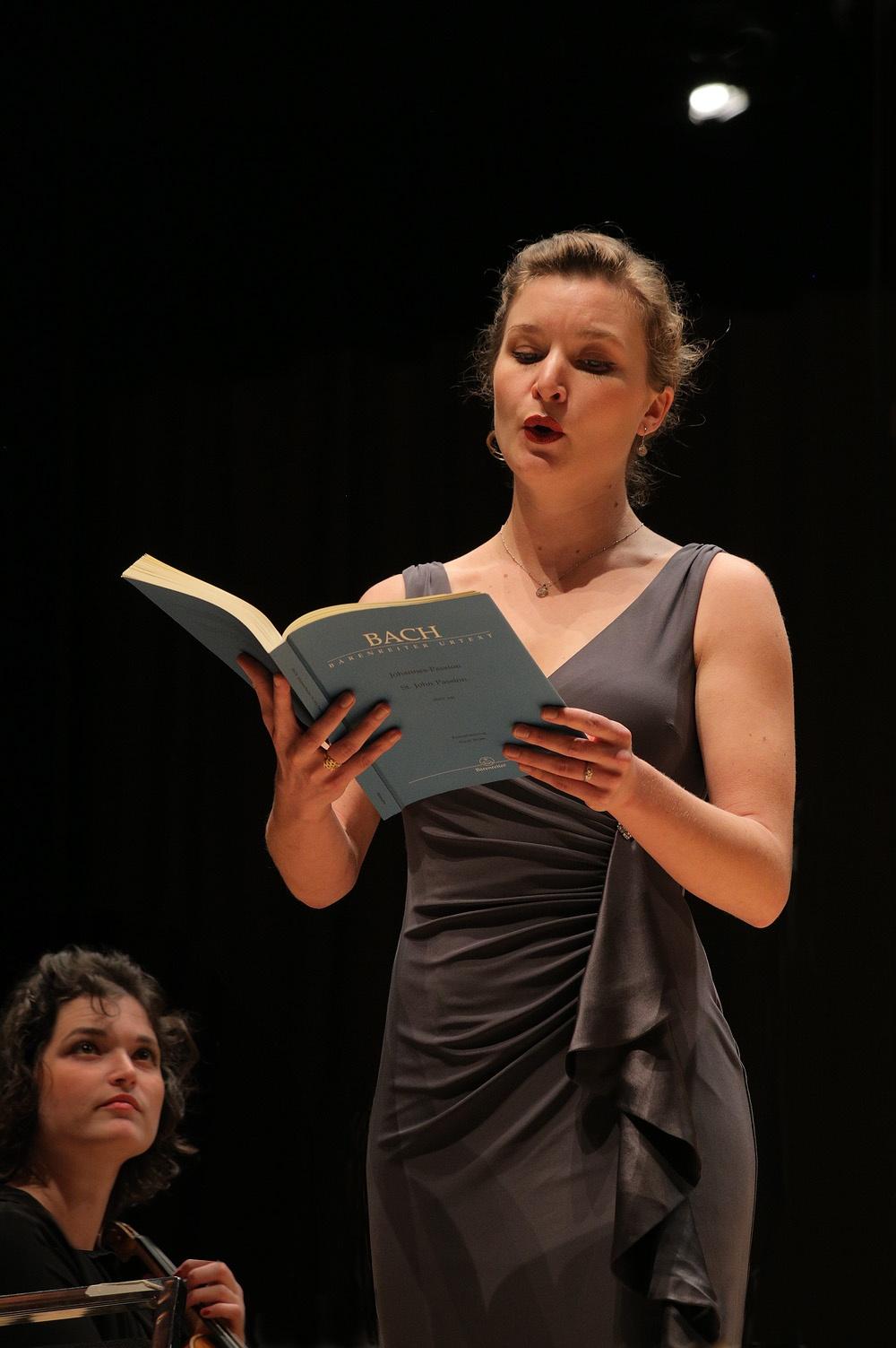 danielleB Danielle Reutter-Hurrah,  Mezzo-soprano,  Berkeley, California, 2015