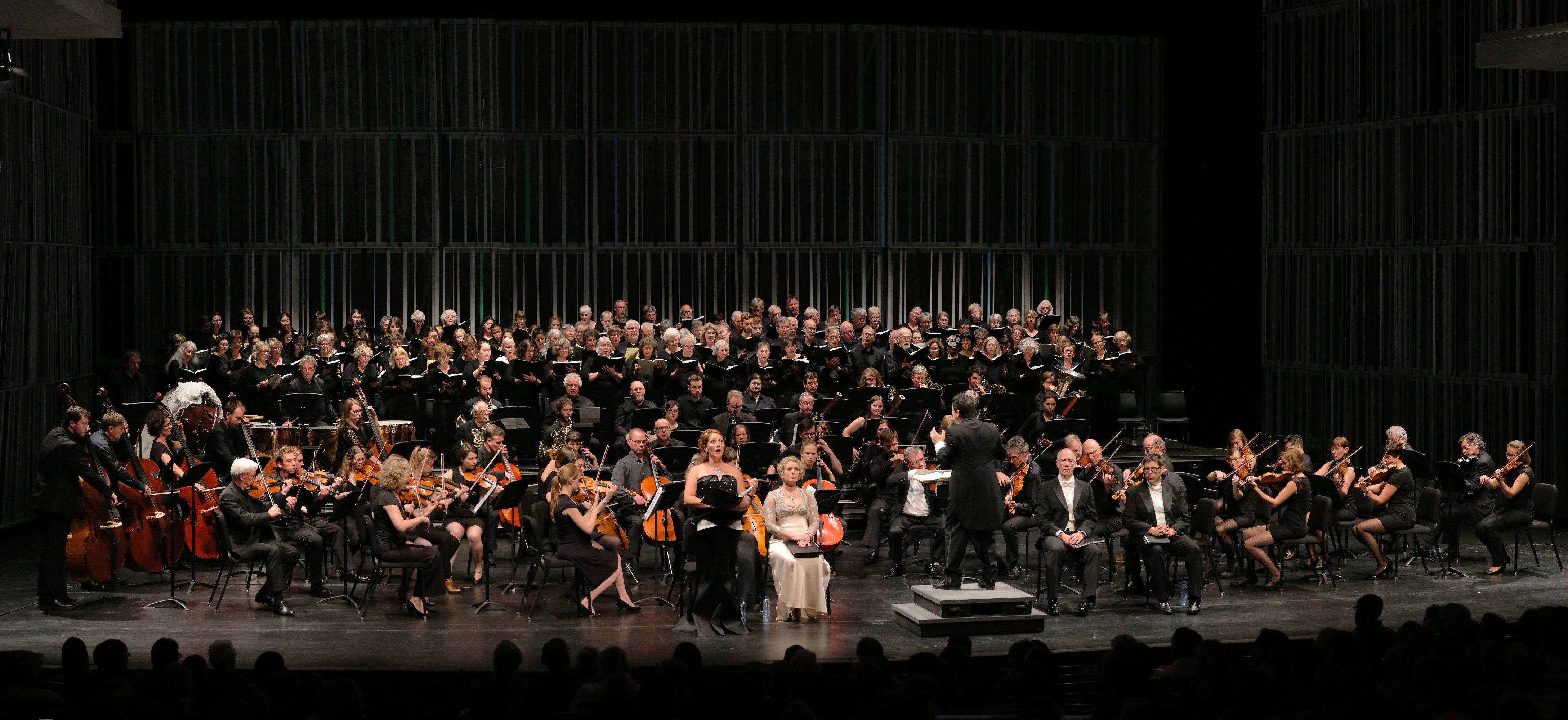 e16-brugespanB Verdi Requiem,  Brugge Concertgebouw,  Bruges, Belgium, 2016