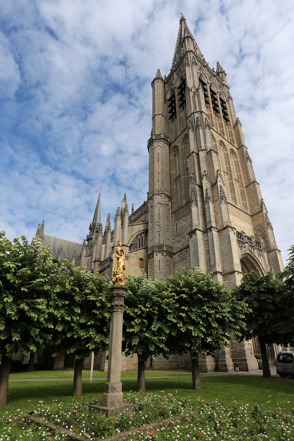 e16-yprescathedralB St. Martin's Cathedral, 