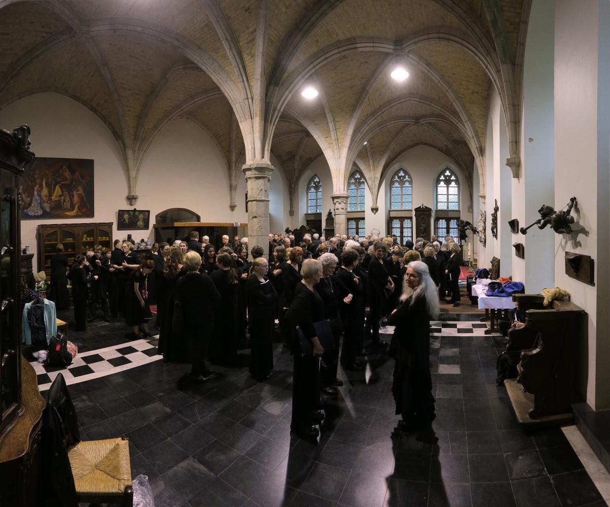 e16-ypresgreenroom Green Room,  St. Martin's Cathedral,  Ypres, Belgium, 2016
