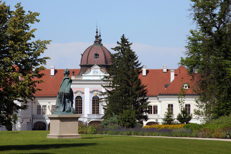 godoloE Gödöllö Palace,,  Gödöllö, Hungary, 2013