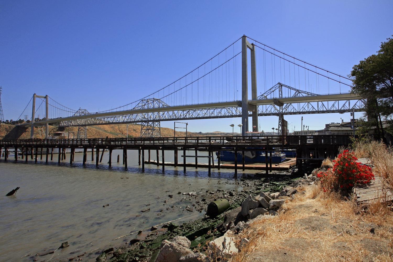 shorebridges Carquinez Bridge,  Crockett, California, 2008