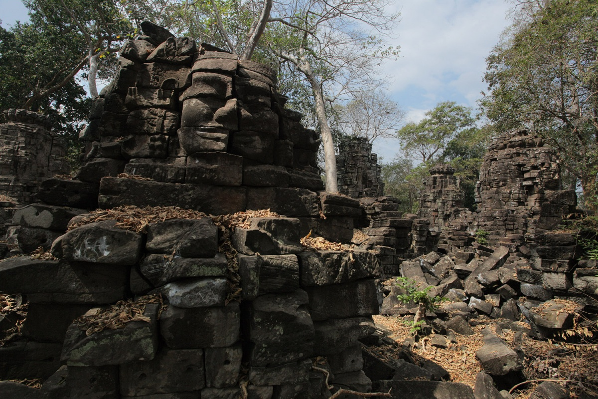 chmarfaces Face Towers, Banteay Chmar, Cambodia, 2010