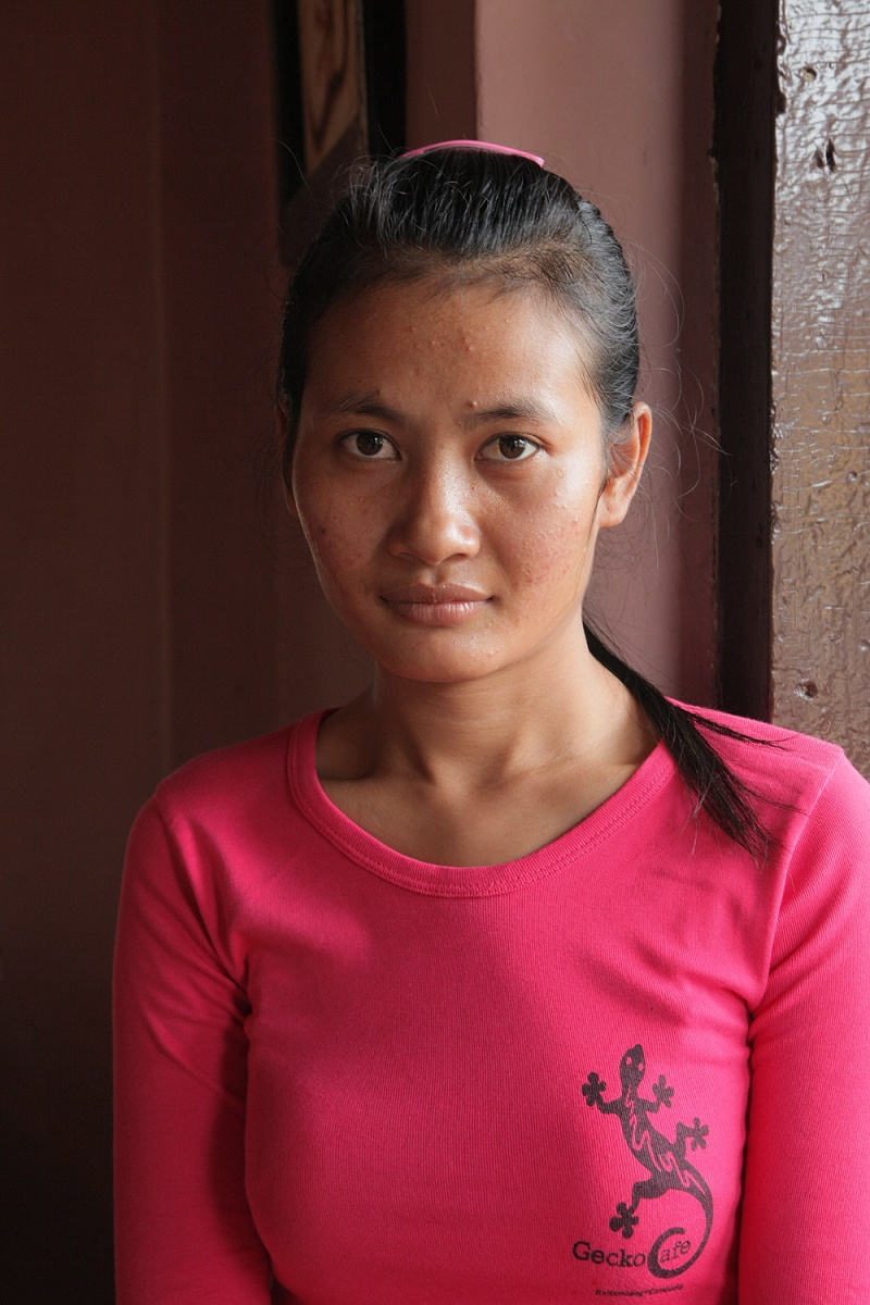 geckowaitress Gecko Cafe Waitress, Battembang, Cambodia, 2010