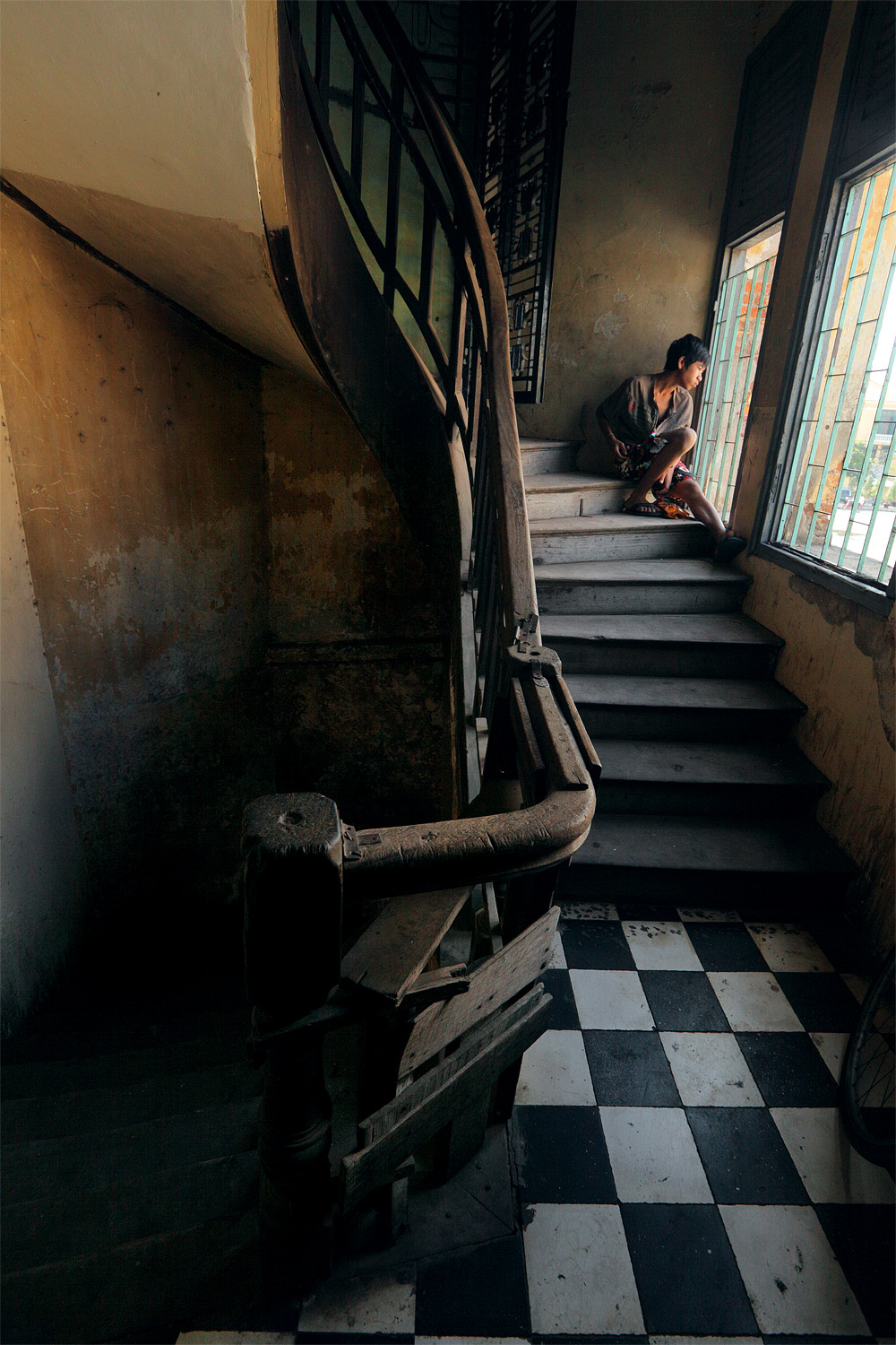 stairlooker Colonial Staircase, Phnom Penh, Cambodia, 2010