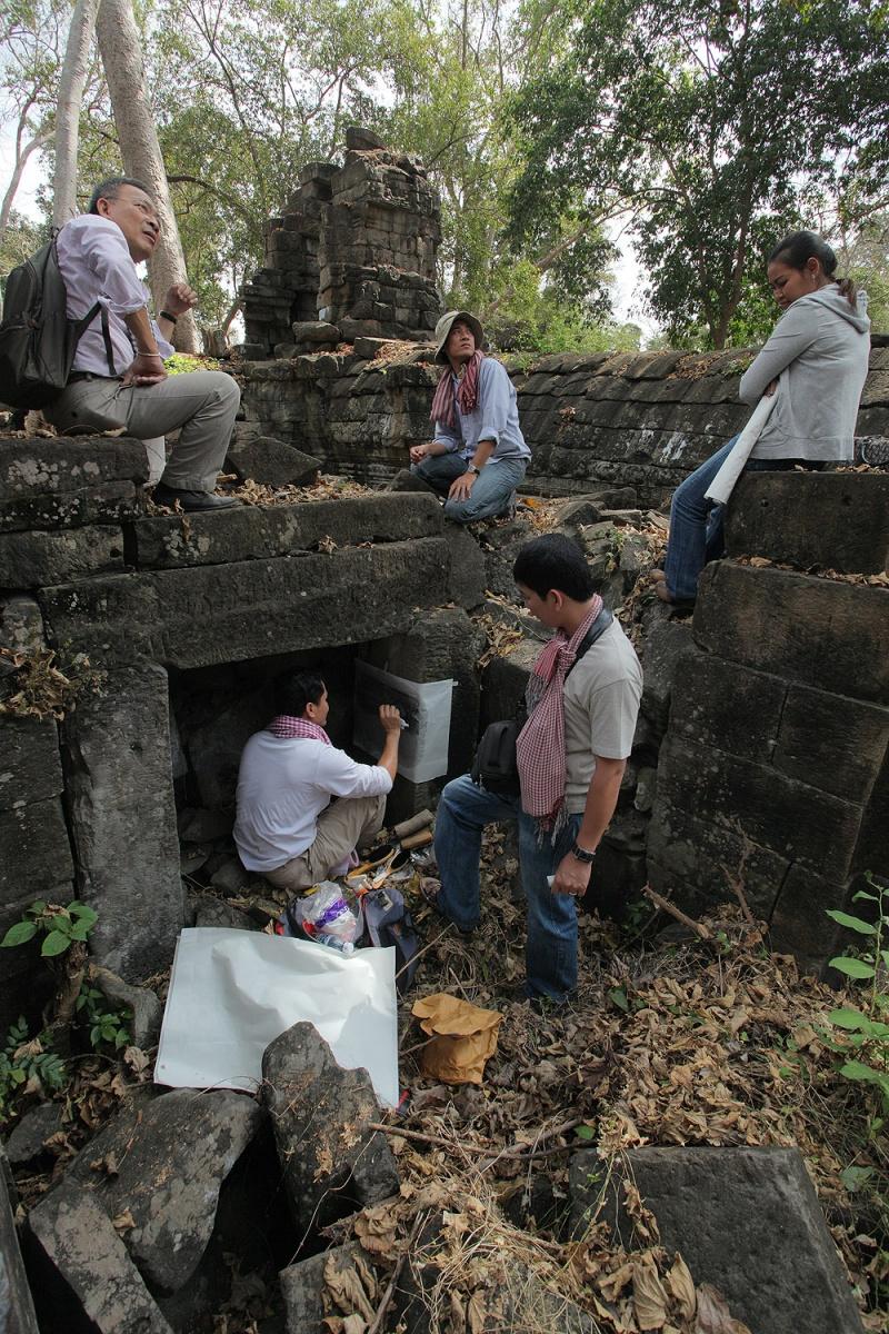 stonerubbing Stone Rubbing, Banteay Chmar, Cambodia, 2010
