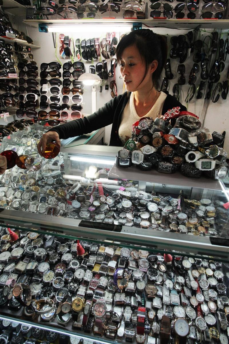 watches Watches, Central Market,  Phnom Penh, Camboida, 2010