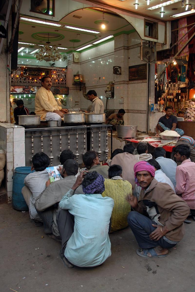 soupkitchen Soup Kitchen, Chandi Chowk, New Delhi, India, 2006