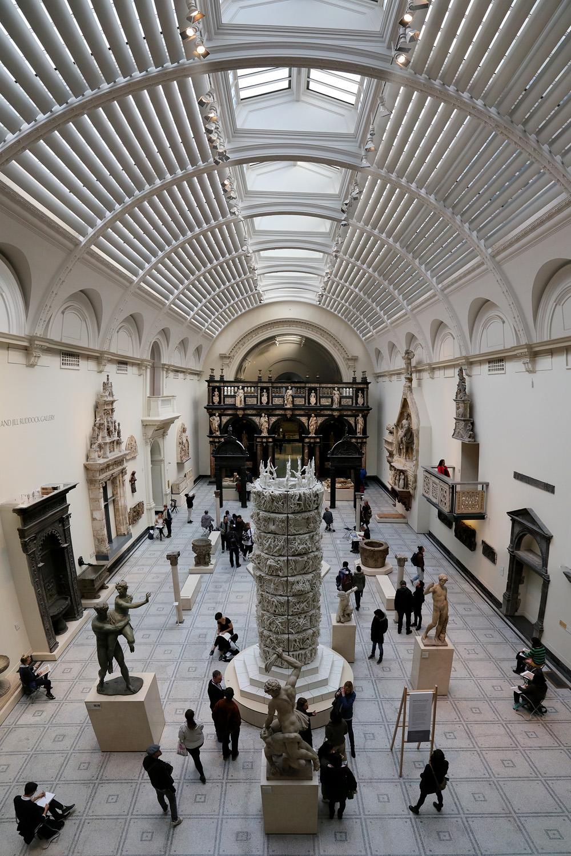 17-vandaHH victoria and Albert Museum,  London, England, 2017