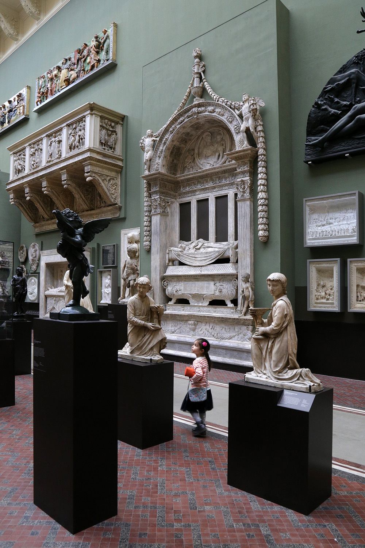 17-vandaP Victoria and Albert Museum,  London, England, 2017