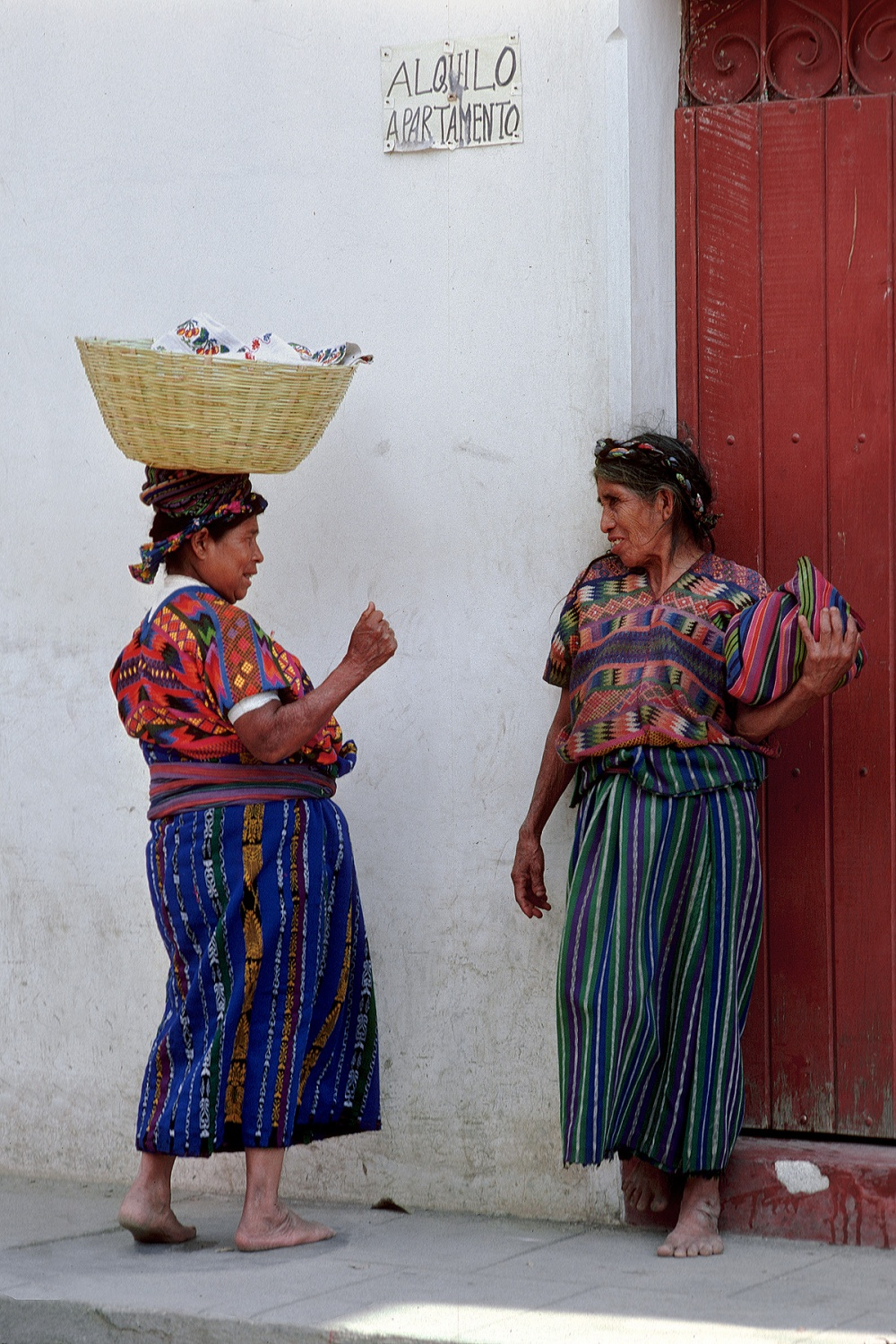 headbasket More Chat, 
