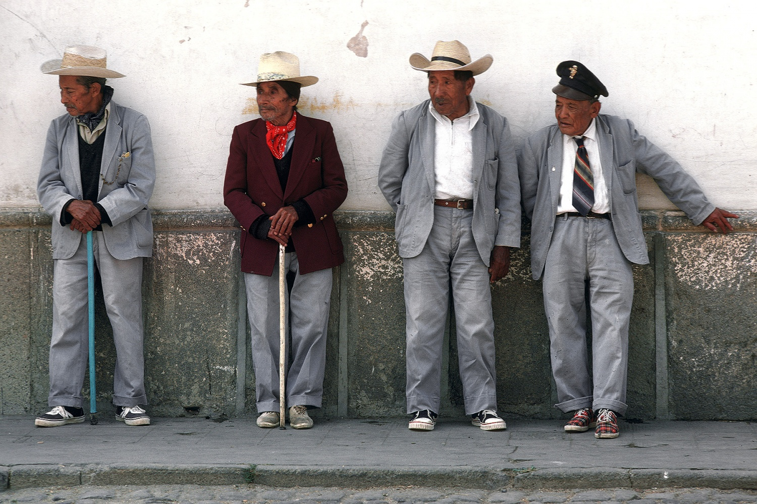 uniforms Gentlemen's Club, 