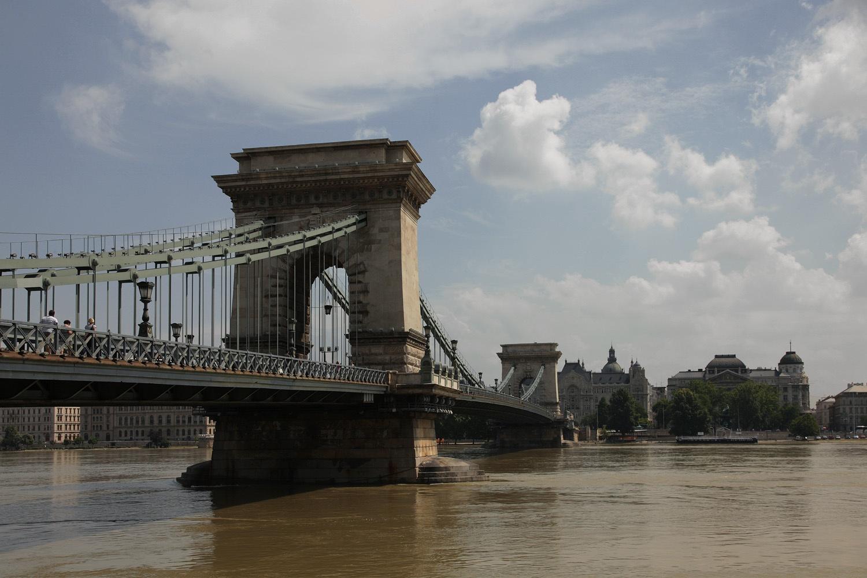 chainbridgeC Chain Bridge,  Budapest, Hungary, 2013