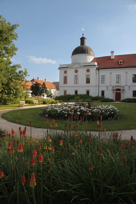 godoloside Gödöllö Palace,  Gödöllö, Hungary, 2013