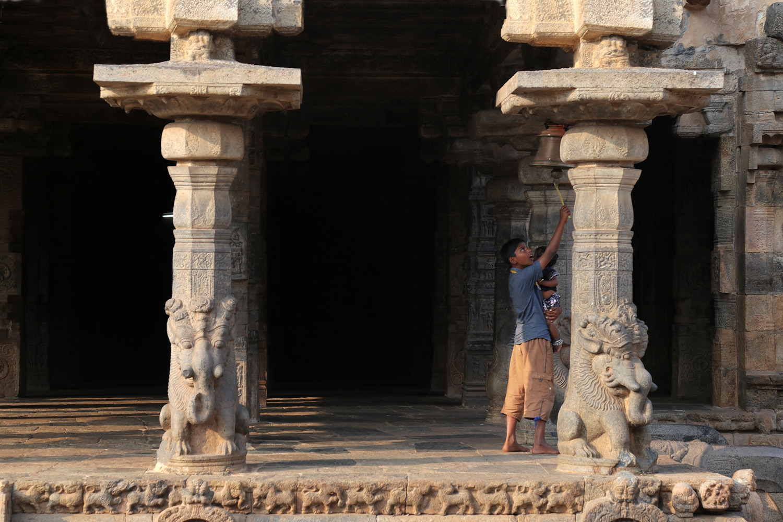 18-bellringer Airavateswarar Temple,  Darasuram, India, 2018