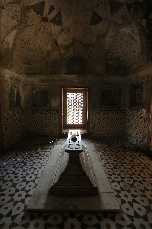 18-daulahsarcophagus Tomb of Itimad-ud-Daulah,  Agra, India, 2018