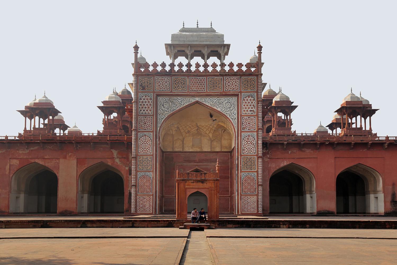 18-sikandraC Tomb of Akbar the Great,  Sikandra Fort,  Agra, India, 2018
