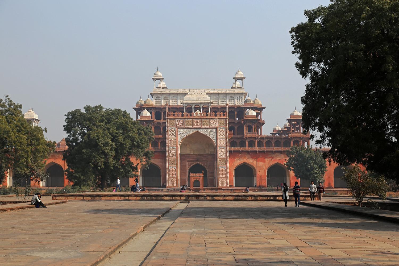 18-sikandraF Sikandra Mausoleum,  Agra, India, 2018
