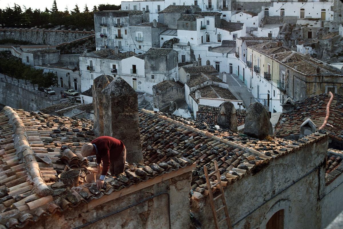roofmason Roof Mason,  Vieste, Italy, 1986