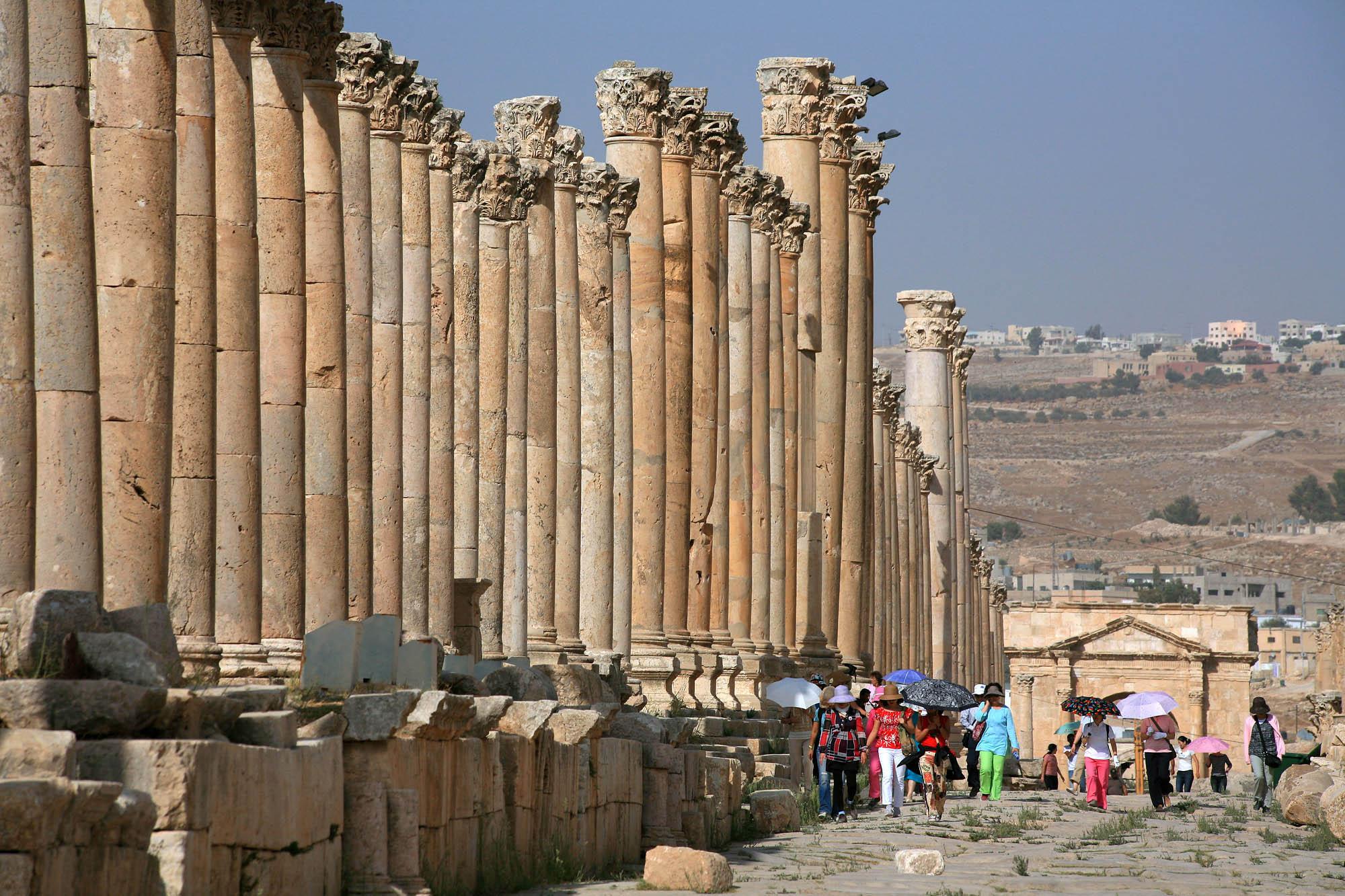 jerashcolonade Colonnade, Jerash, Jordan, 2008