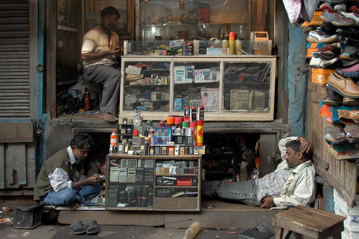 lighters Electronics Repair, Kolkata, India, 2007