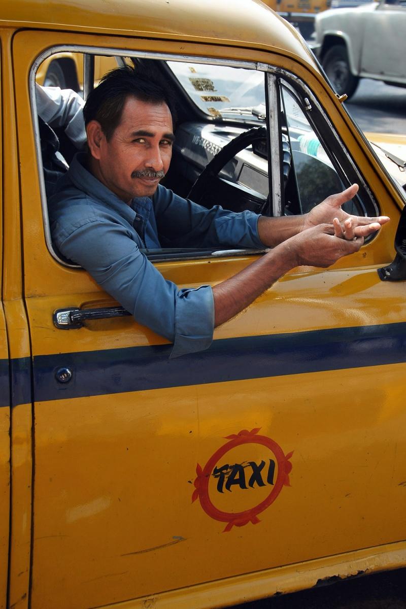 taxi Taxi Driver, Kolkata, India, 2007