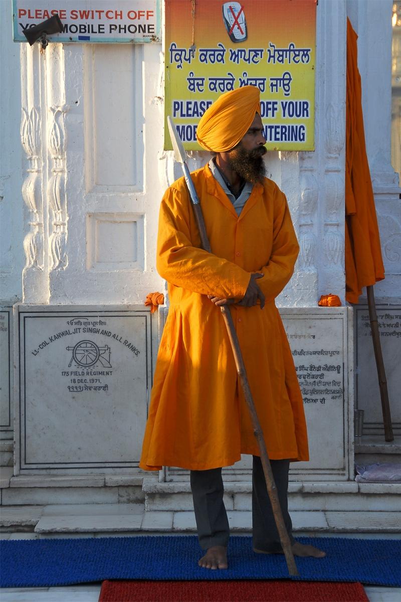 entryguard Entry Guard, Harimandir, Amritsar, India, 2006