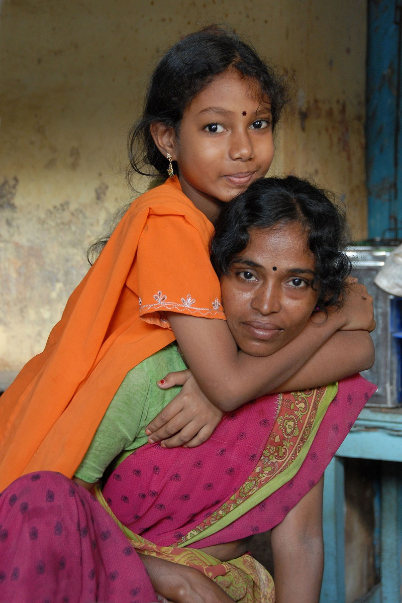 hugB Mother and Daughter,  Pondicherry, India, 2007