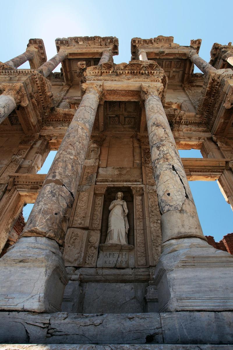 facadestatue Library Facade,  Ephesus, Turkey, 2010