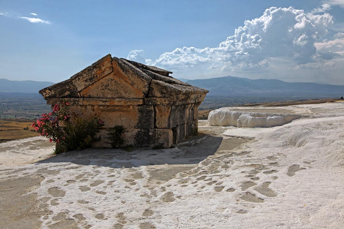 internment Roman Burial,  Hierapolis, Turkey, 2010
