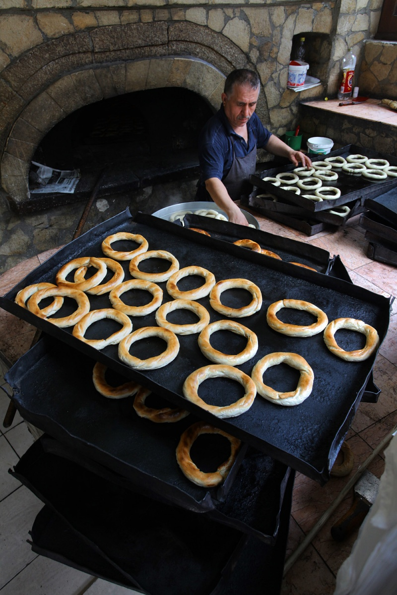 simit Baking Simit, 