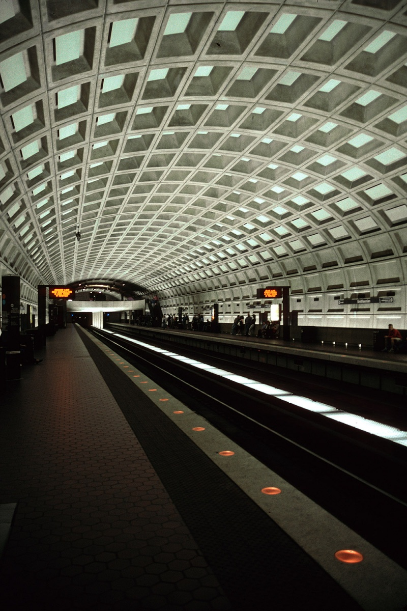 metro The Metro, Washington DC, 2001